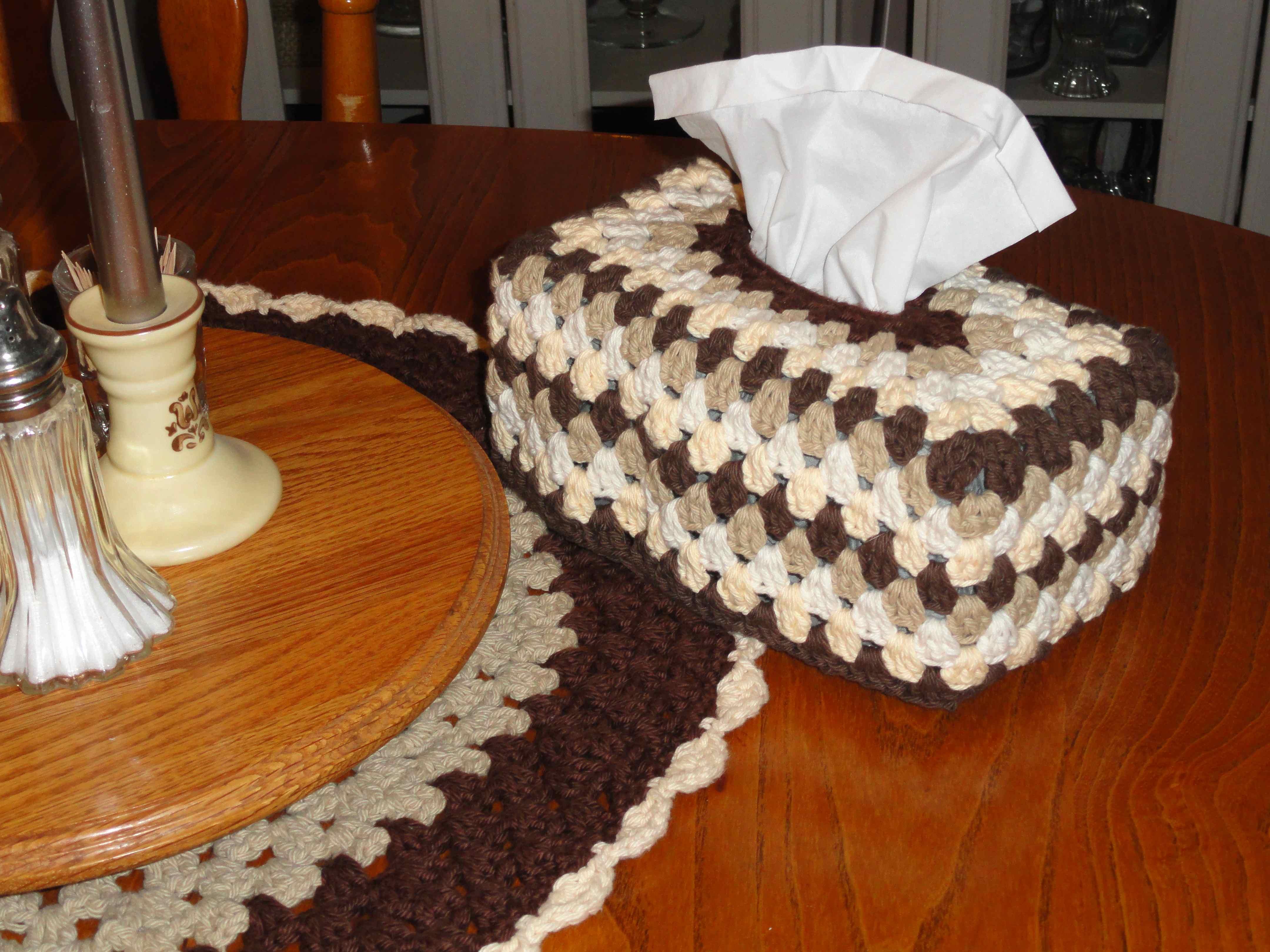 Crochet Granny Tissue Box Cover Yarnchick