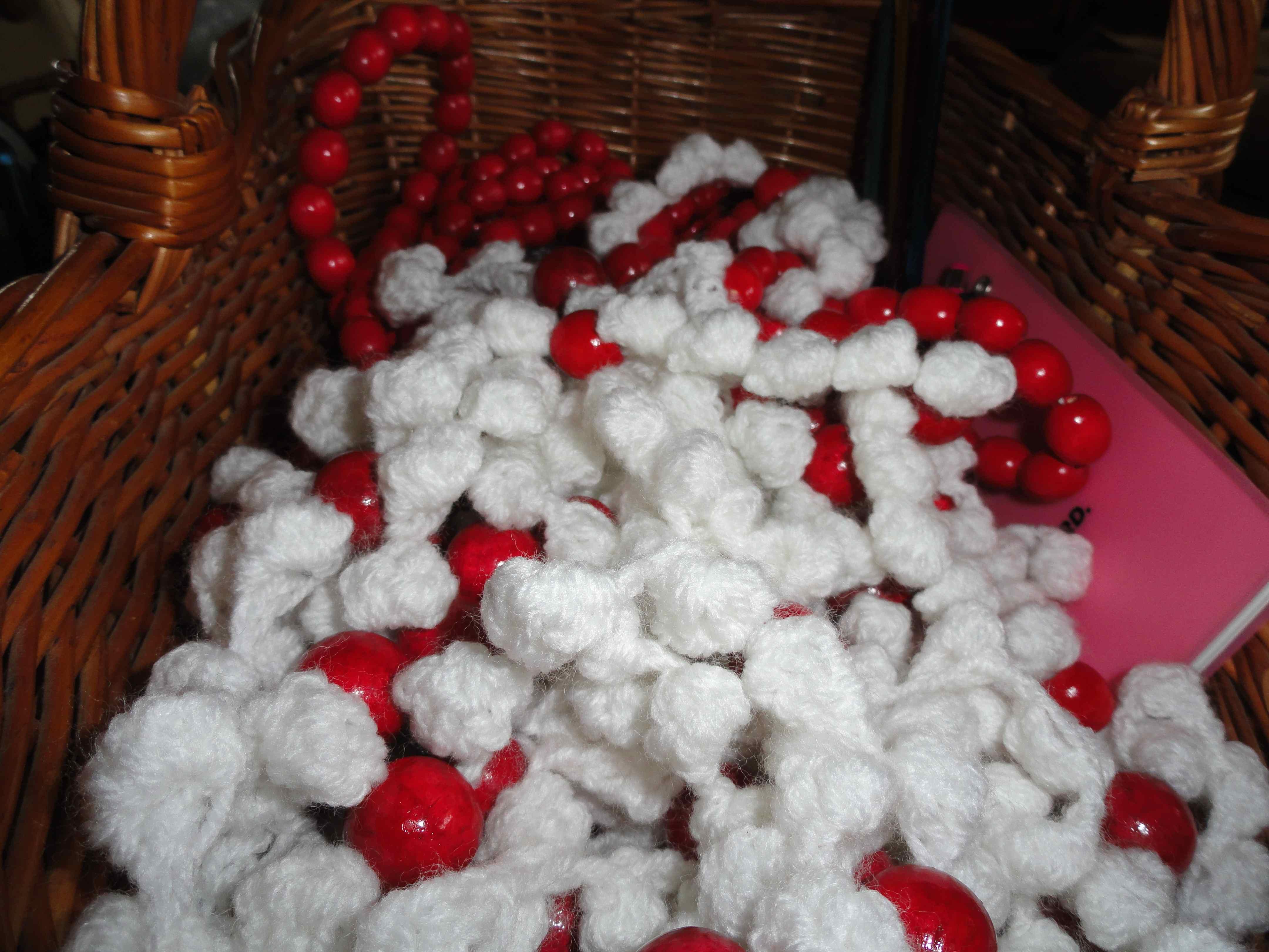 crochet:: gifts & tree trimming – yarnchick