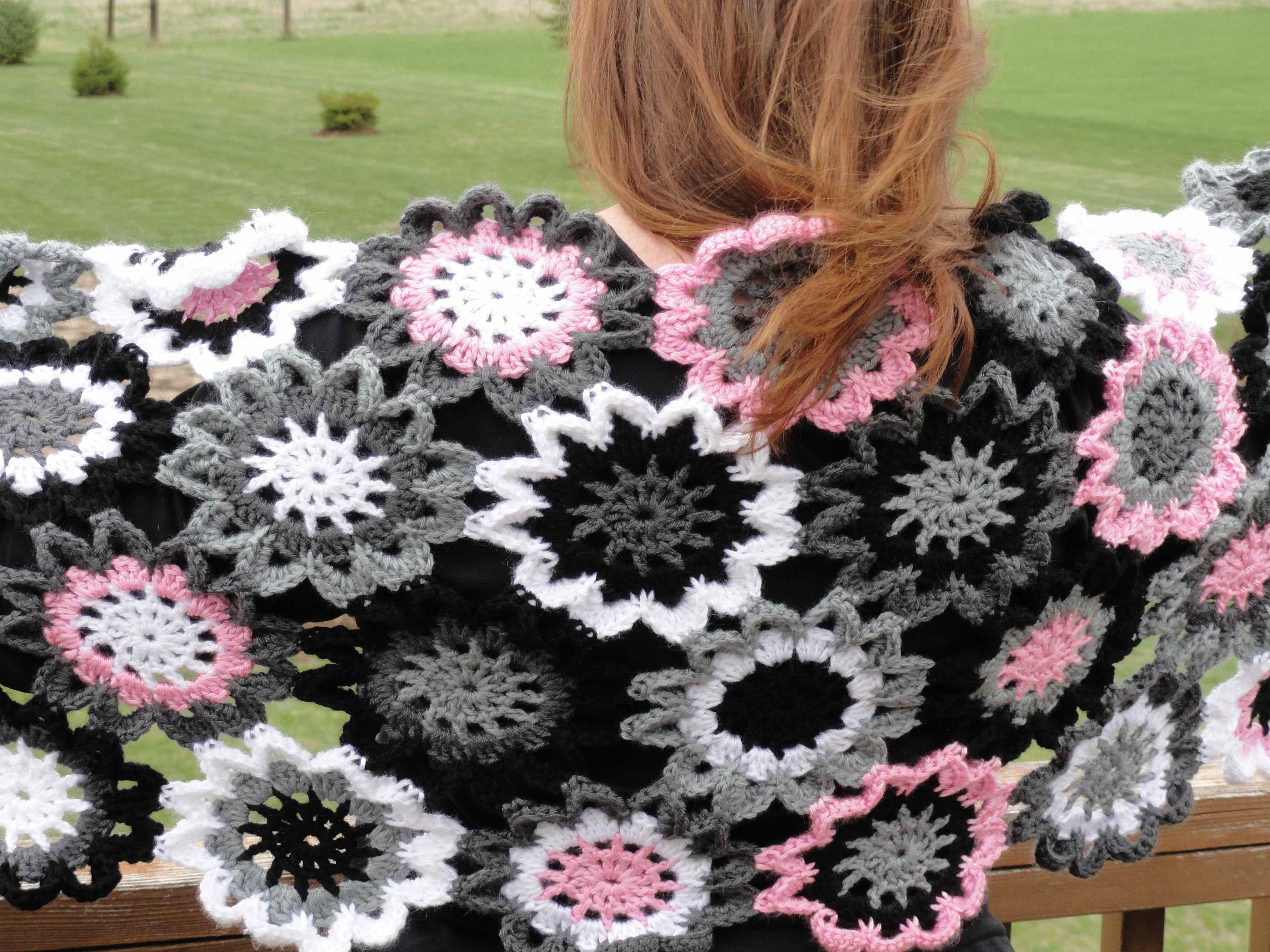 Free Pattern Crochet Japanese Flower : crochet:: japanese flower shawl yarnchick40