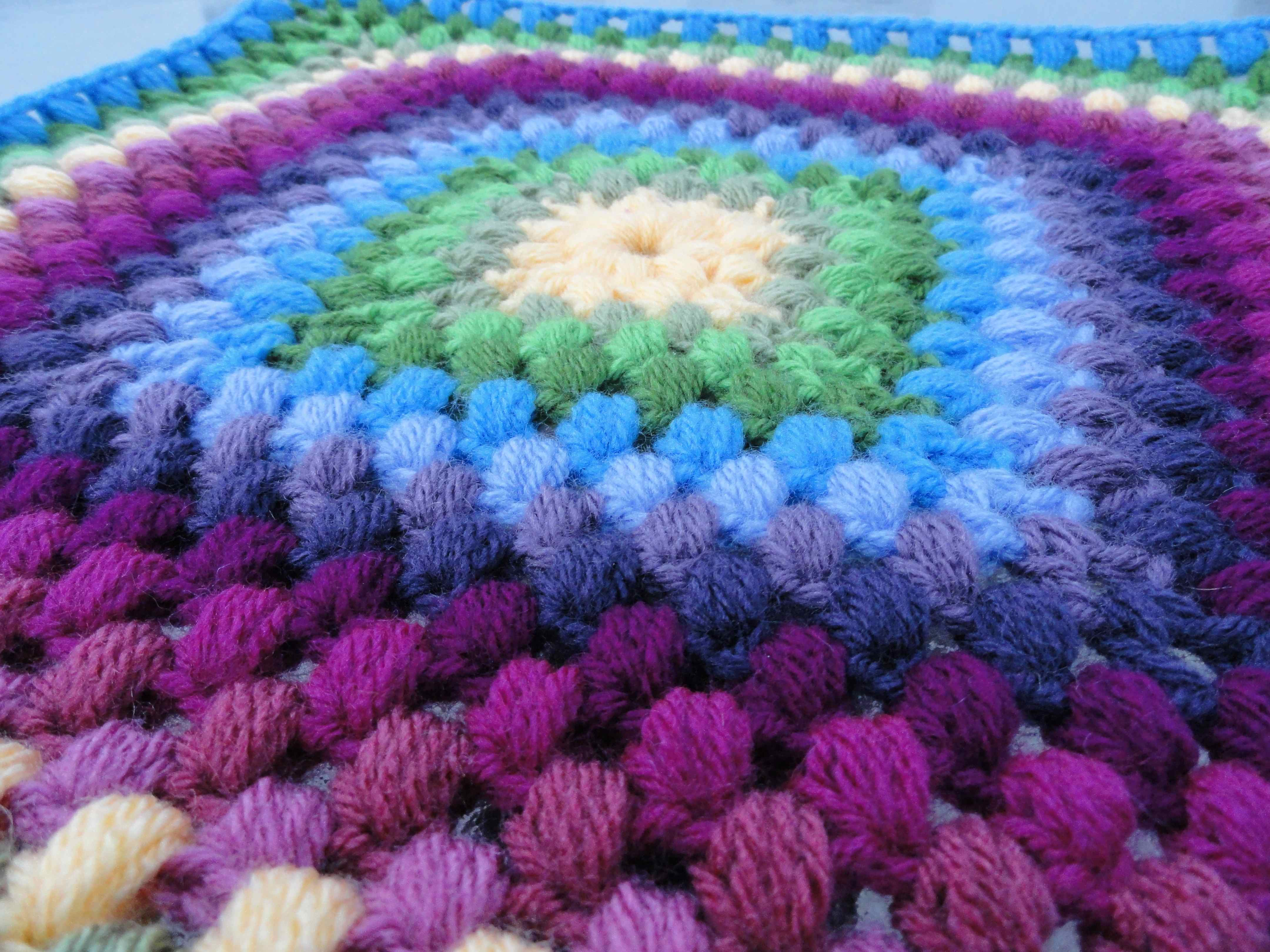 Granny Square Crochet Pattern : crochet:: hawaiian granny square pattern yarnchick40