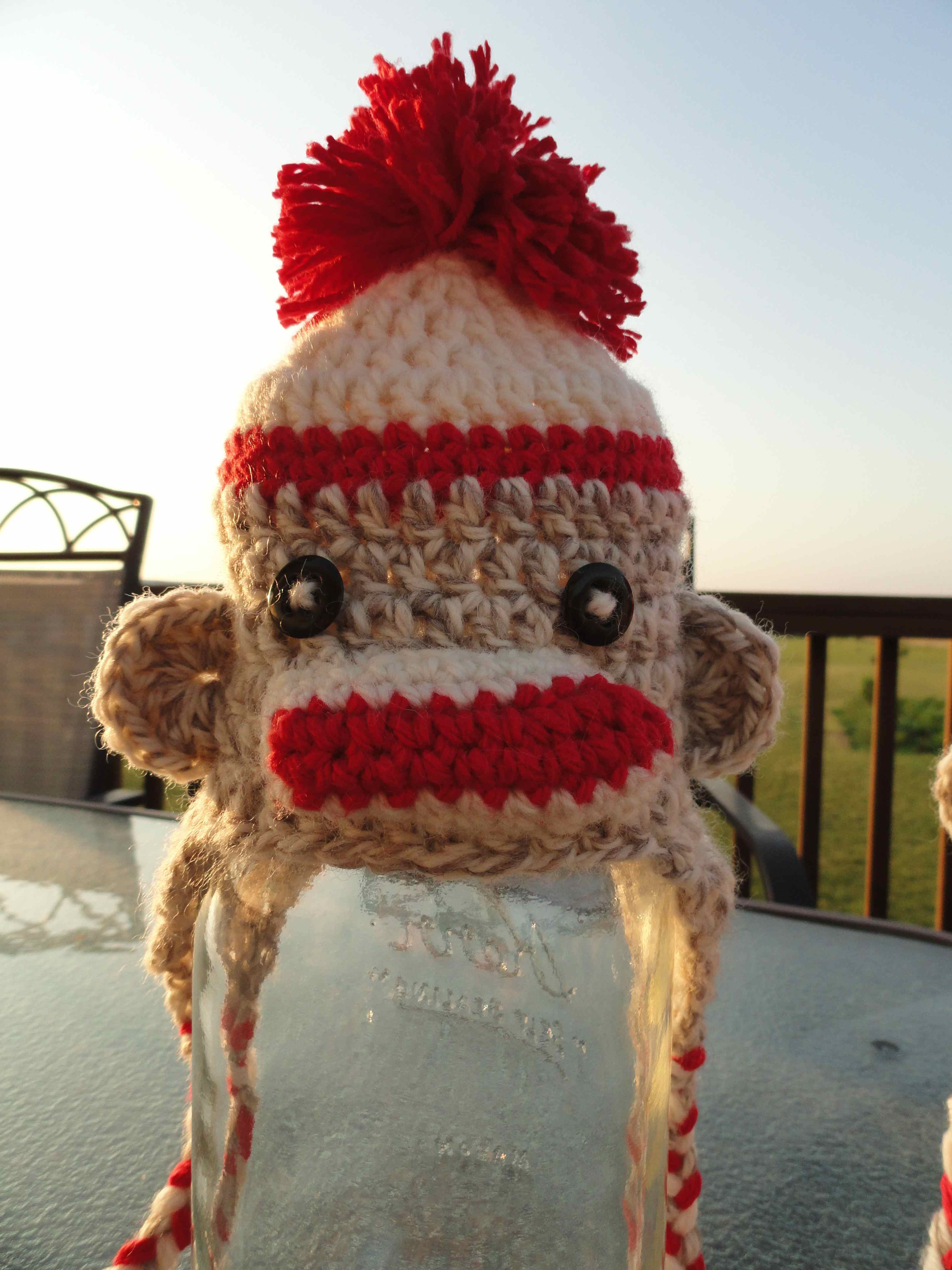 crochet:: sock monkey hats – yarnchick