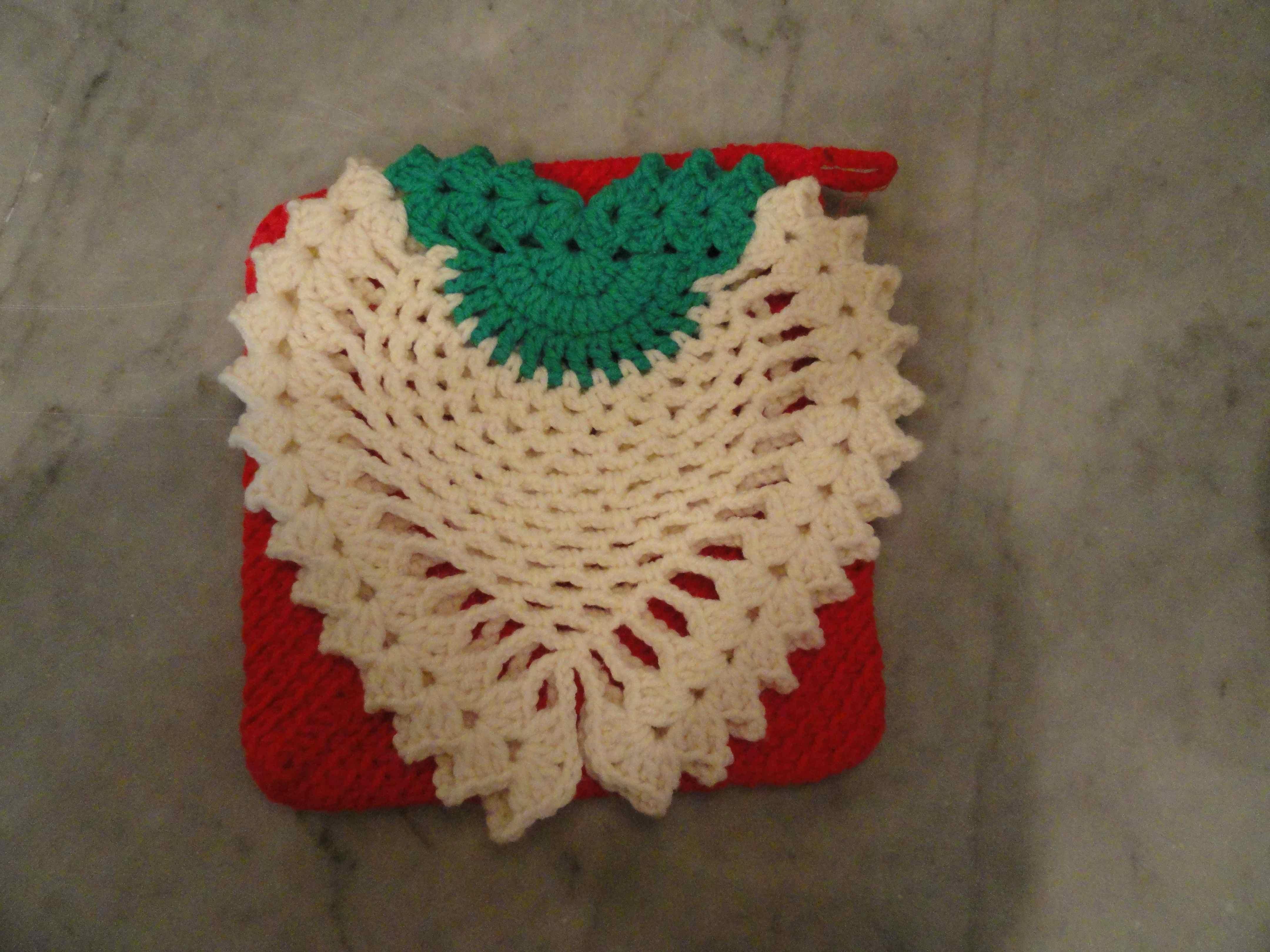 Crochet Vintage Strawberry Potholder Yarnchick