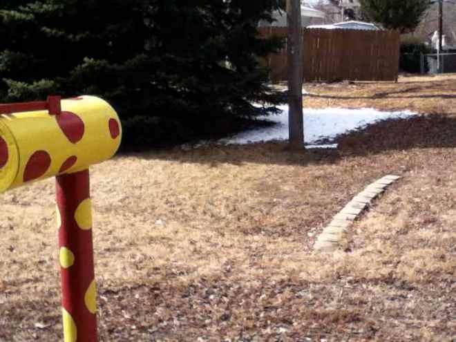 polka dot mailbox