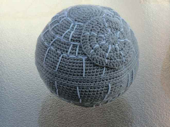 crochet death star